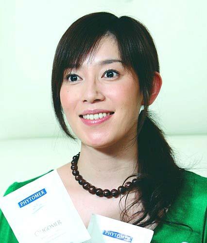 緑の服須藤理彩