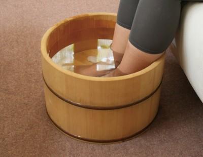冷え性の改善・足を湯に浸す
