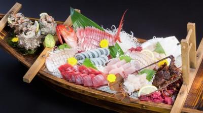 女子一人旅海鮮料理